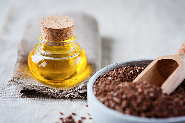 肌荒れもしっとり?亜麻仁油の5つの肌への効果と副作用