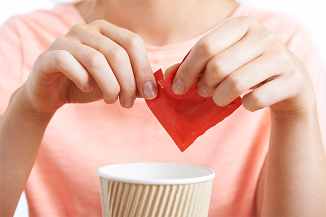 【カロリーゼロの罠?】人工甘味料の種類や危険性、デメリットについて