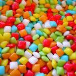 人工甘味料の種類や危険性について